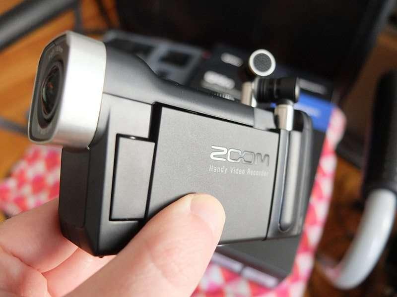 zoom-q4n-front