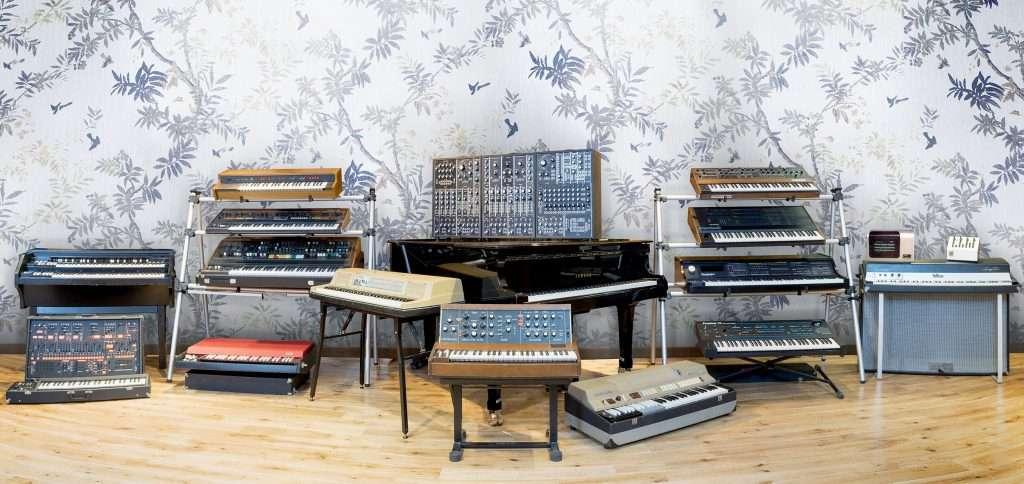 arturia v collection 5 review a massive step forward audionewsroom anr. Black Bedroom Furniture Sets. Home Design Ideas