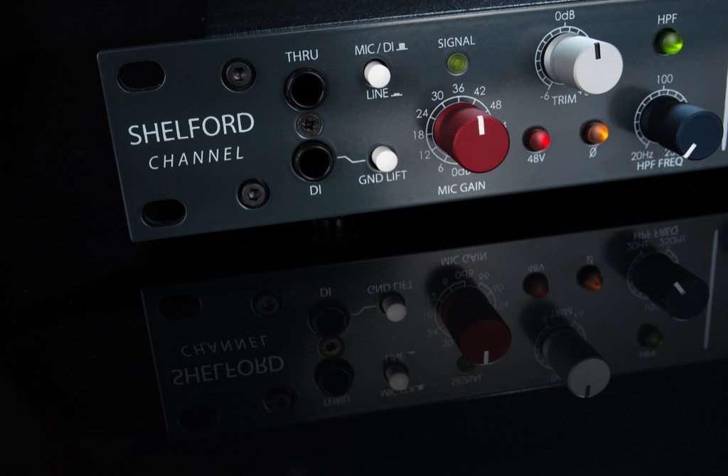 shelford channel black close-left