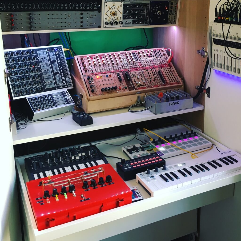 Organize Your Synths Hacking the IKEA PAX | AudioNewsRoom - ANR