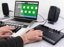 IK Multimedia Uno Synth analog